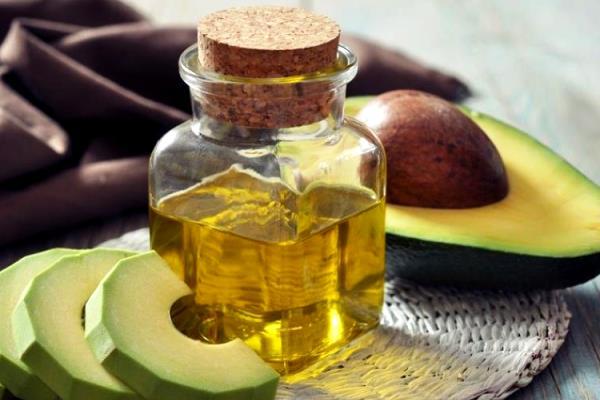 Косметична олія авокадо для обличчя - застосування, склад та властивості