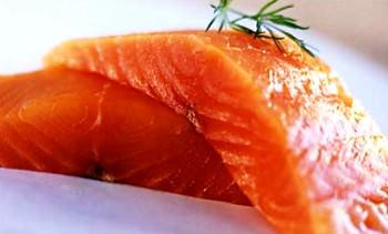Жирна риба для гарного настрою